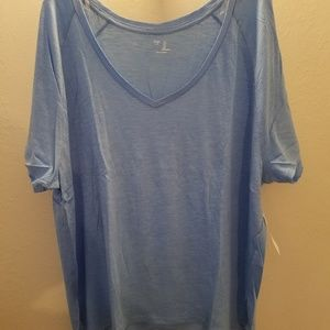 NEW GAP Womens Vneck Tee - Large